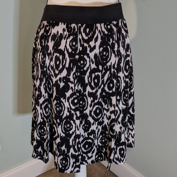95f938993b CHAUS Skirts | Knee Length Skirt Black White Size 8 | Poshmark